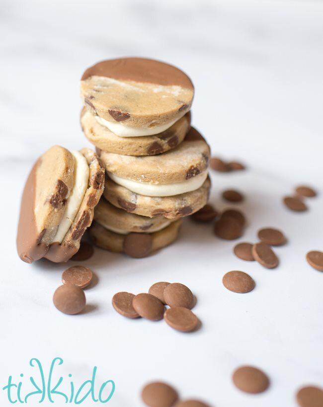 Delicious recipe for cookie dough ice cream sandwiches