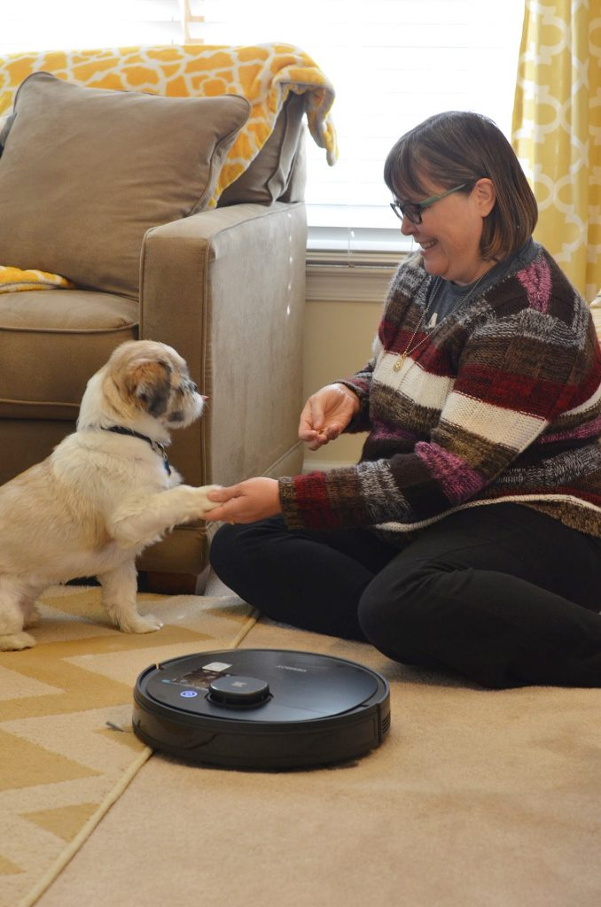 Ecovacs Deebot Ozmo 950 vacuum review -- I love how easy it is to keep my home clean with this robotic vacuum that also mops!