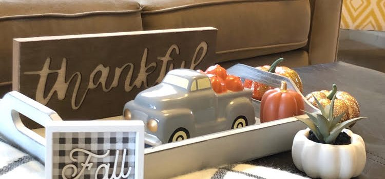 Easy Fall Thanksgiving Coffee Table Decor