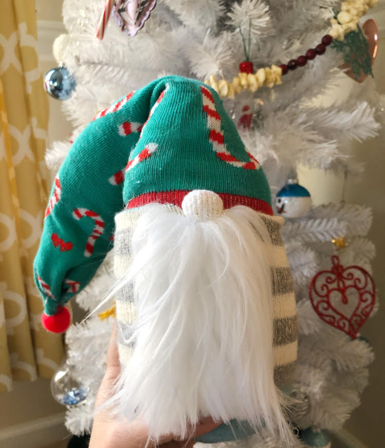 I love how easy it is to craft DIY sock gnomes! Follow this tutorial to make your own!