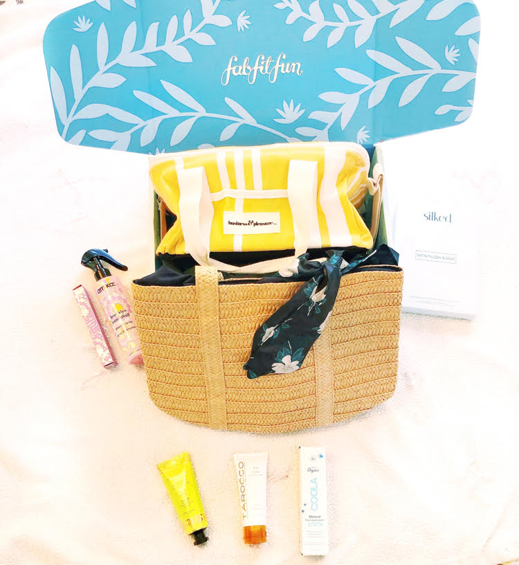 The summer FabFitFun box, with beauty and fashion items geared for summer.