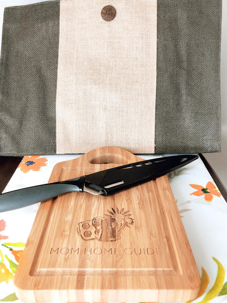 personalized cutting board and knife set by Lazer Designs