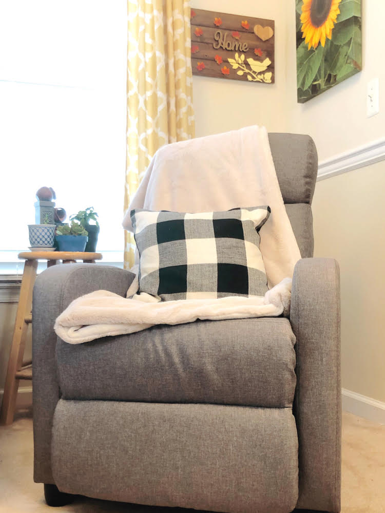 pretty gray living room recliner chair