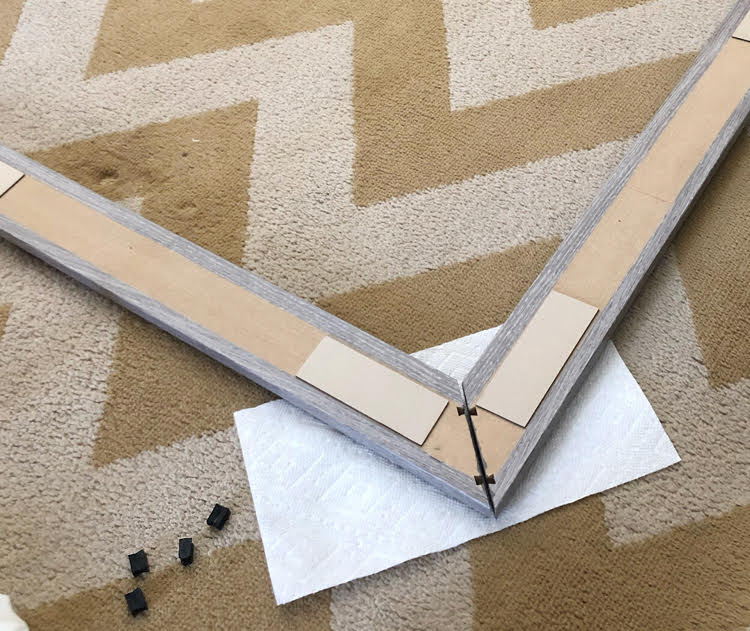 how to assemble MirrorChic frame