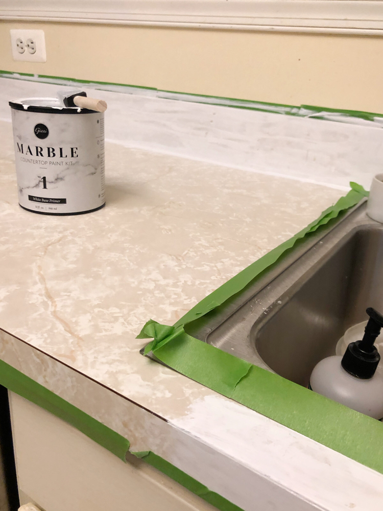paint laminate counter to look like marble with a Giani countertop kit